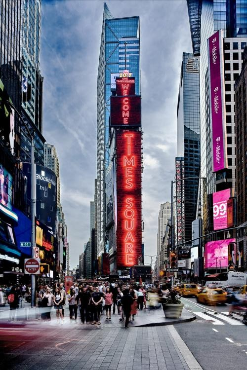 Samsung Installs Momentous New LED Displays in the Heart of